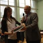 Gergana Gerganova, eine der beiden strahlenden Jugend debattiert-Schulsieger 2013.