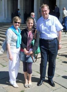 Ein deutscher Bill Gates in Sofia: Dr. Gude und seine Gattin bei der Stadtführung mit Stea Miteva (10E).